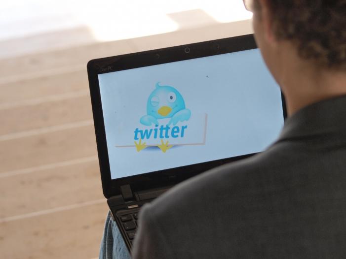 Photo of Netzpolitiker fordern von Twitter Aufklärung über Account-Sperrungen
