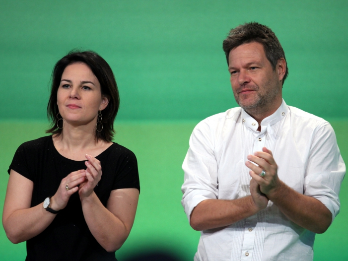 Parteienforscher sehen Gruene mit Kanzlerchancen - Parteienforscher sehen Grüne mit Kanzlerchancen