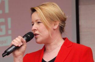 Plagiatsvorwuerfe FDP bringt Ruecktritt von Giffey ins Gespraech 310x205 - Plagiatsvorwürfe: FDP bringt Rücktritt von Giffey ins Gespräch
