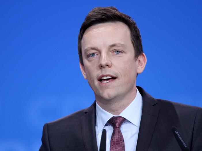Photo of Saarlands Ministerpräsident will CO2-Steuer nicht ausschließen
