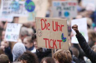 Studie Jungen Leuten in Deutschland Klimaschutz besonders wichtig 310x205 - Studie: Jungen Leuten in Deutschland Klimaschutz besonders wichtig