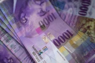 Tausend Franken 310x205 - Geld anlegen: Tipps für Sparer und Renditejäger