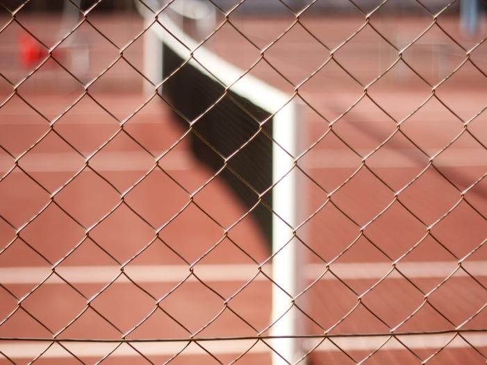 Bild von Tommy Hilfiger will Adidas und Nike Konkurrenz machen