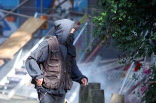Zahl der Gewalttaten von Linksextremisten gesunken 310x205 - Zahl der Gewalttaten von Linksextremisten gesunken