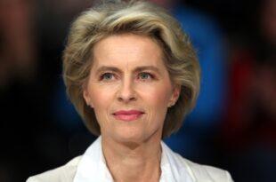 Berateraffaere Gruene kritisieren Verteidigungsministerin 310x205 - Berateraffäre: Grüne kritisieren Verteidigungsministerin