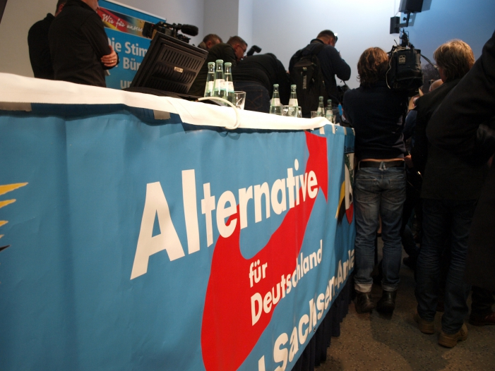 EKD Ratsvorsitzender weist Kritik an AfD Ausschluss zurueck - EKD-Ratsvorsitzender weist Kritik an AfD-Ausschluss zurück