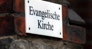 Goering Eckardt verteidigt AfD Ausschluss vom Kirchentag 310x165 - Göring-Eckardt verteidigt AfD-Ausschluss vom Kirchentag