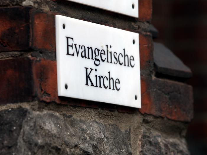 Goering Eckardt verteidigt AfD Ausschluss vom Kirchentag - Göring-Eckardt verteidigt AfD-Ausschluss vom Kirchentag