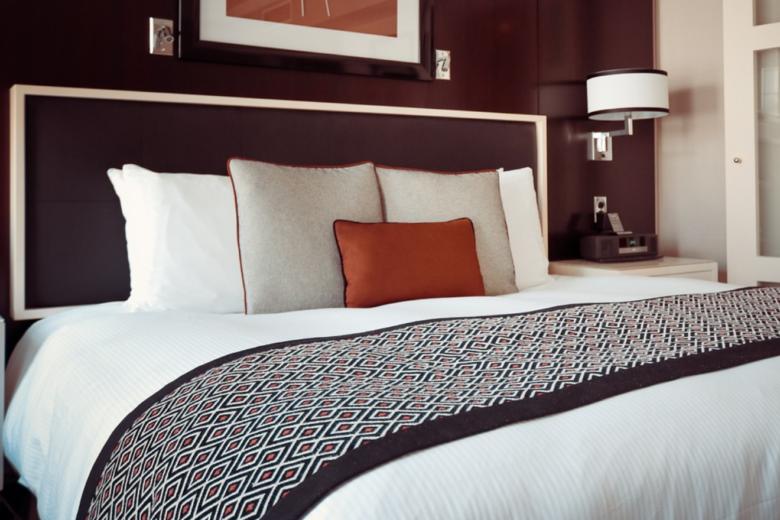 Hotelzimmer - Steigenberger-Chef kritisiert Hotelsteuer der SPD