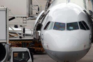 Lufthansa Luftverkehrssteuer ist quasi CO2 Steuer 310x205 - Lufthansa: Luftverkehrssteuer ist quasi CO2-Steuer
