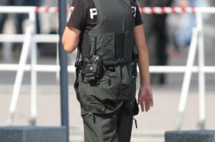 Mehrere Waffenfunde im Mordfall Luebcke 310x205 - Mehrere Waffenfunde im Mordfall Lübcke