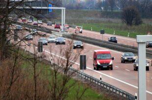 Mehrheit der Deutschen fuer Tempolimit auf Autobahnen 310x205 - Mehrheit der Deutschen für Tempolimit auf Autobahnen