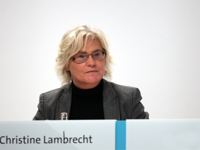 Neue Justizministerin baut Behoerdenspitze um - Neue Justizministerin baut Behördenspitze um