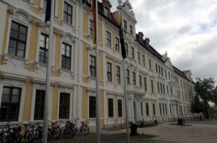 Sachsen Anhalts Finanzminister zurueckgetreten 310x205 - Sachsen-Anhalts Finanzminister zurückgetreten