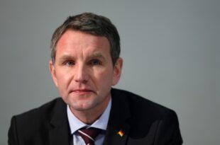 AfD Spitzenpolitiker wenden sich gegen Machtanspruch von Hoecke 310x205 - AfD-Spitzenpolitiker wenden sich gegen Machtanspruch von Höcke