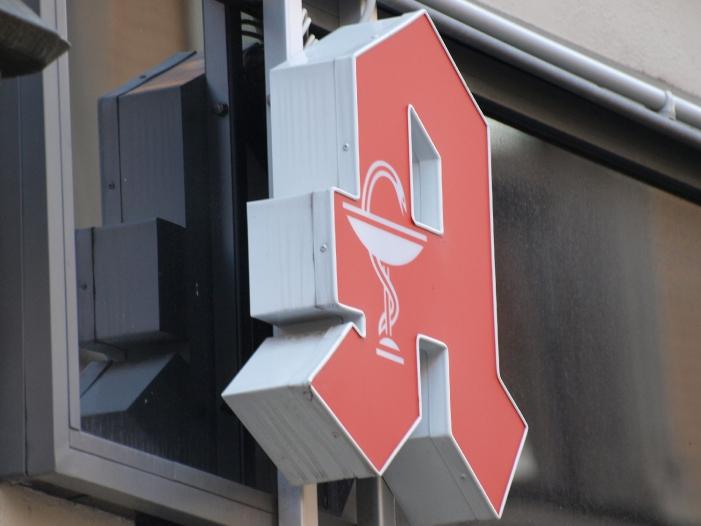 Photo of Apothekerverband gibt Widerstand gegen Versandhandel auf