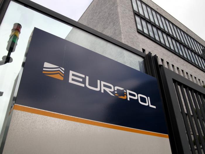 Bild von BDK-Chef will Europol zu europäischem FBI machen
