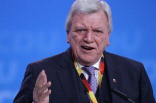 Bouffier kritisiert SPD fuer Kampagne gegen von der Leyen 310x205 - Bouffier kritisiert SPD für Kampagne gegen von der Leyen