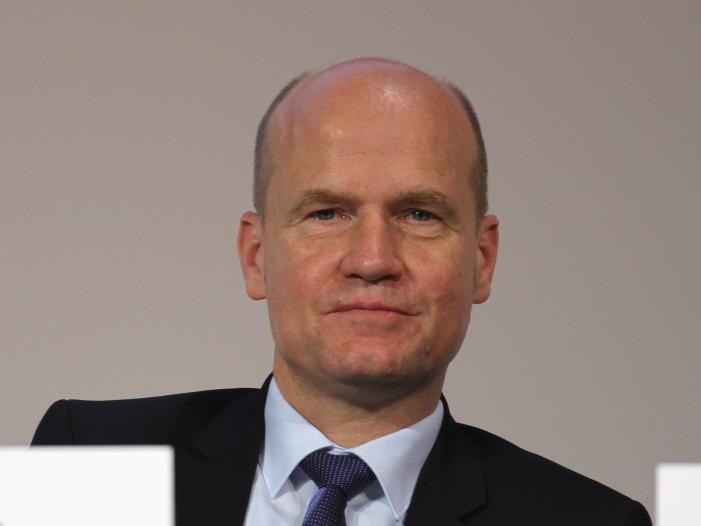 """Brinkhaus gegen Bestrafung bei Weigerung gegen Fluechtlingsaufnahme - Unions-Fraktionschef: """"Wir brechen nicht in Jubel aus"""""""