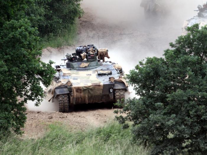 Photo of Ex-Generalinspekteur: AKK sendet wichtiges Signal an Nato