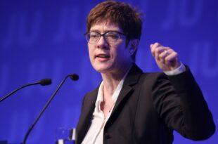 Kramp Karrenbauer Ende der Niedrigzinspolitik pruefen 310x205 - Kramp-Karrenbauer: Ende der Niedrigzinspolitik prüfen