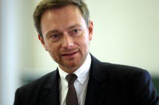Lindner spricht sich fuer Zentralabitur aus 310x205 - Lindner spricht sich für Zentralabitur aus