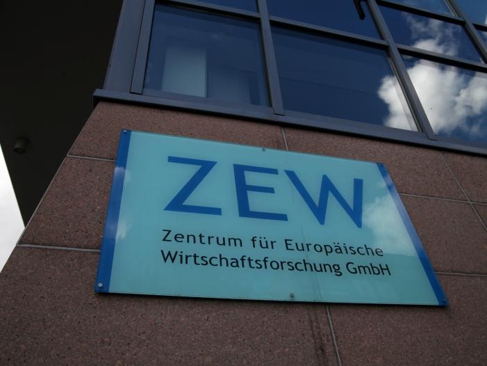 "Mittelstandspraesident nennt ZEW Konjunkturdaten Alarmsignal - Mittelstandspräsident nennt ZEW-Konjunkturdaten ""Alarmsignal"""