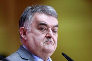 NRW Innenminister Kein konkreter Anschlagsverdacht vor Razzia 310x205 - NRW-Innenminister: Kein konkreter Anschlagsverdacht vor Razzia