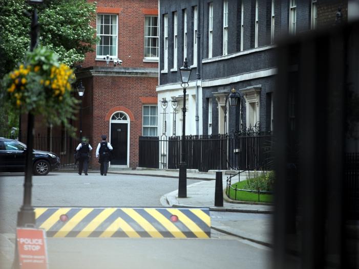 Bild von Neuer britischer Premierminister nimmt Amtsgeschäfte auf