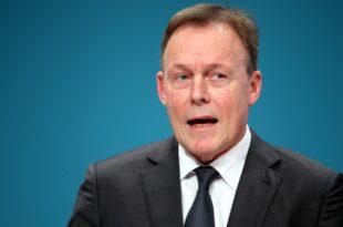 Oppermann und Asselborn kritisieren von der Leyens EU Nominierung 310x205 - Oppermann und Asselborn kritisieren von der Leyens EU-Nominierung