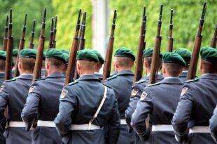 PKGr Versaeumnisse bei Umgang mit Rechtsextremisten in Bundeswehr 310x205 - PKGr: Versäumnisse bei Umgang mit Rechtsextremisten in Bundeswehr