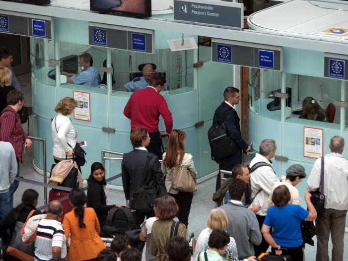 Passagierzahl an deutschen Flughaefen um fuenf Prozent gestiegen - Passagierzahl an deutschen Flughäfen um fünf Prozent gestiegen