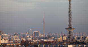 Rufe nach vollstaendigen Regierungsumzug nach Berlin werden lauter 310x165 - Rufe nach vollständigen Regierungsumzug nach Berlin werden lauter