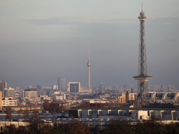 Photo of Rufe nach vollständigen Regierungsumzug nach Berlin werden lauter