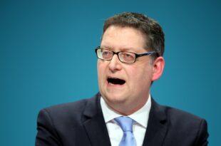Schaefer Guembel verteidigt Nein Stimmen gegen von der Leyen 310x205 - Schäfer-Gümbel verteidigt Nein-Stimmen gegen von der Leyen