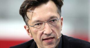 Schriftsteller Lukas Bärfuss erhält Georg Büchner Preis 310x165 - Schriftsteller Lukas Bärfuss erhält Georg-Büchner-Preis