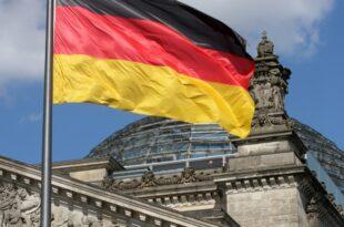 Umfrage Nur jeder Zweite haelt Deutschland fuer ein gerechtes Land 310x205 - Umfrage: Nur jeder Zweite hält Deutschland für ein gerechtes Land
