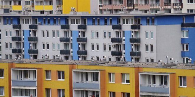 Wohnhaeuser 660x330 - Immobilienmarkt – die Preise ziehen weiter an