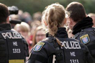 """quotRevolution Chemnitzquot hatte Zugriff auf 24.300 Daten der Antifa Szene 310x205 - """"Revolution Chemnitz"""" hatte Zugriff auf 24.300 Daten der Antifa-Szene"""