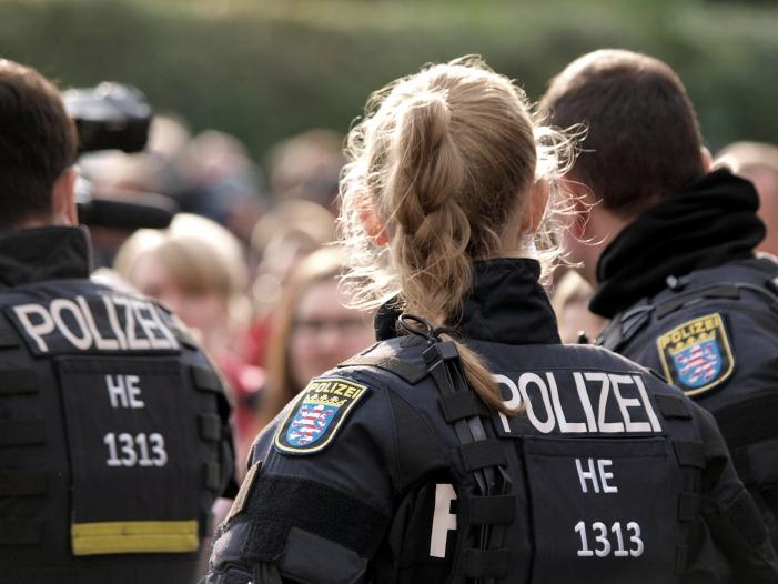 """Photo of """"Revolution Chemnitz"""" hatte Zugriff auf 24.300 Daten der Antifa-Szene"""