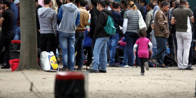 Asylantraege im Juli unter Vorjahresniveau 660x330 - Asylanträge im Juli 2019 unter Vorjahresniveau