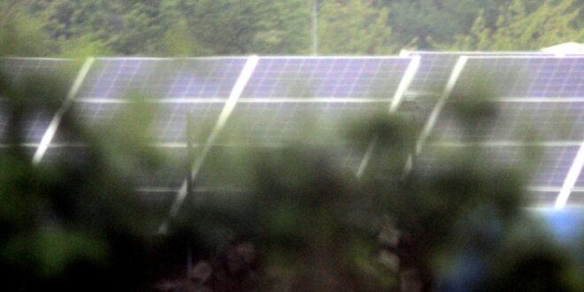 Bau von Photovoltaik Anlagen Verbraucherschuetzer mahnen zur Eile 660x330 - Bau von Photovoltaik-Anlagen: Verbraucherschützer mahnen zur Eile