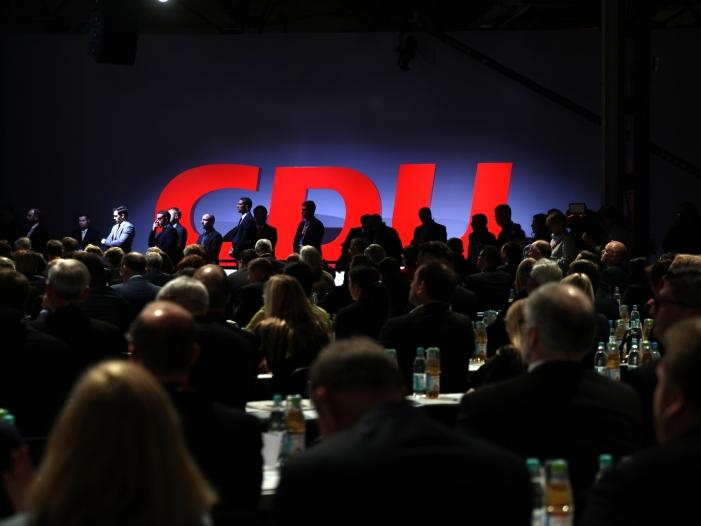 CDU Politiker stellen schwarze Null infrage - CDU-Politiker stellen schwarze Null infrage