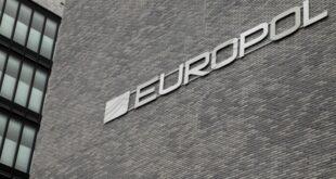 Europol klagt über Handel mit falschen Pässen 310x165 - Europol klagt über Handel mit falschen Pässen