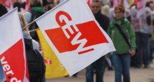 GEW verlangt mehr Foerderung fuer sozial benachteiligte Schueler 310x165 - GEW verlangt mehr Förderung für sozial benachteiligte Schüler