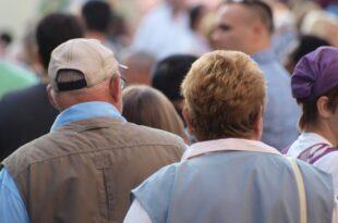 Immer mehr Rentner arbeiten Diskussion entbrannt 310x205 - Immer mehr Rentner arbeiten - Diskussion entbrannt
