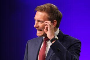Lindner wirft SPD bewusste Schaedigung des Wirtschaftsstandorts vor 310x205 - Lindner wirft SPD bewusste Schädigung des Wirtschaftsstandorts vor