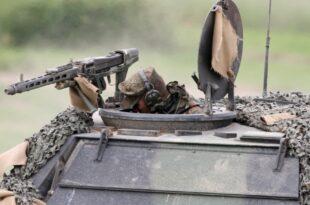 Mehrheit glaubt nicht an Verteidigungsfaehigkeit der Bundeswehr 310x205 - Mehrheit glaubt nicht an Verteidigungsfähigkeit der Bundeswehr