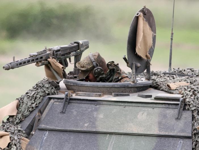 Mehrheit glaubt nicht an Verteidigungsfaehigkeit der Bundeswehr - Mehrheit glaubt nicht an Verteidigungsfähigkeit der Bundeswehr
