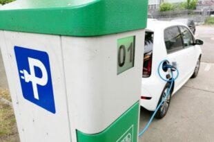 Regierung vom Ausbauziel fuer Elektroauto Tankstellen weit entfernt 310x205 - Regierung vom Ausbauziel für Elektroauto-Tankstellen weit entfernt